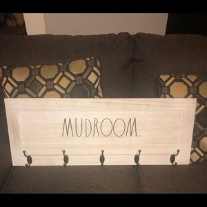 Rae Dunn Mudroom Sign